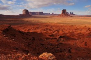 Monument Valley by matthieu-parmentier