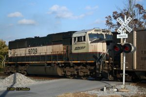 BNSF 9709 at Siloam Springs by labrat-78