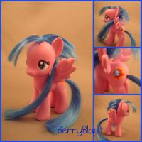 G4 Berry Blast custom pony by hannaliten