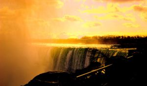 Niagara at sunrise by Qels
