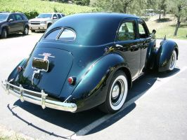 1941 Graham Hollywood rear quarter view by RoadTripDog