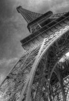 Eiffel Tower by thegreatmisto