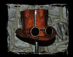 steampunk leather top hat by Lagueuse