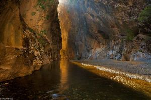 Portitsa Canyon by pestilence