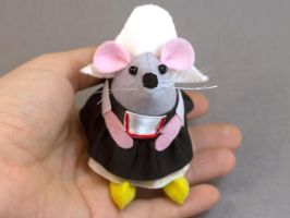 Anouk the Dutch Mouse by The-House-of-Mouse