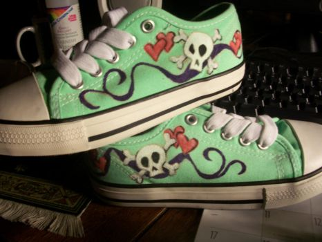 child size skully shoes by brambleweed73