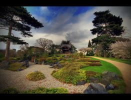 Japanese Garden by tweeny