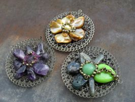 Applications on bronze pendant by edelweiss-workshop