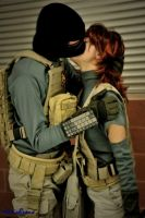 Akiba and Meryl kissing from Metal Gear Solid 4 by Akiba91