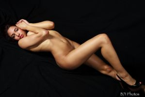 -2205 by GlamourStudios