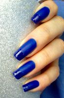 21. Inspired by a colour: Matte blue nails by Brujawhite