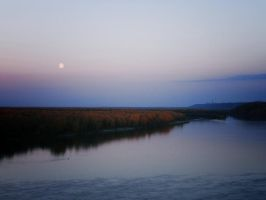 lonely autumn moon by rukher