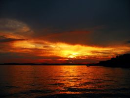 Sunset over Bodensee by Kolobochka