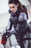 Commander Shepard - Masse Effect by ShashinKaihi