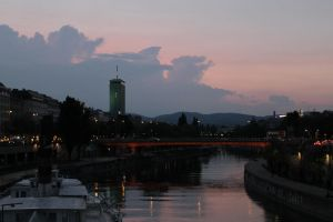 Sunset over Donaukanal by Kritzelkater