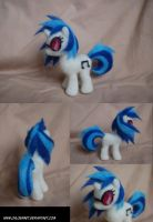 Vinyl Scratch needle felt by ChloeNArt