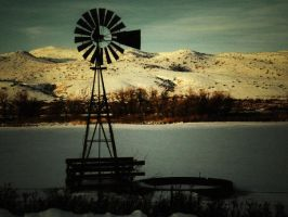Cold Windmill by tinabob