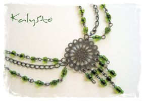 Green Retro neklace by KalinaSto