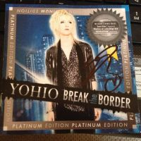 signed booklet break the border platinum edition by dug-chi