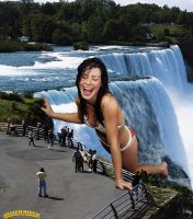 Evangeline Lilly at Niagara Falls by lowerrider