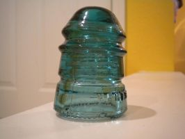 Glass Insulator 1 by gunslinger87