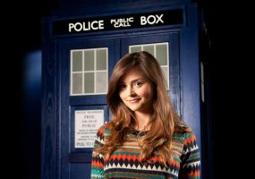 Jenna Meets The Tardis by WhovianForLife