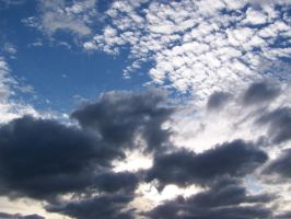 Mid-day Sky 2 by CAmpoo691