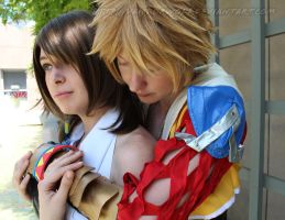 Final Fantasy X: Yuna and Tidus by VandorWolf