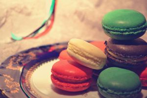 UAE macarons by MaithaNeyadi