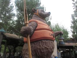 Grizzly River Run Bear Statue by BigMac1212