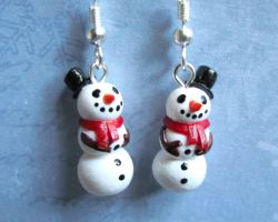 Snowman Earrings by DragonsAndBeasties