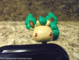 Leafeon chibi head by SeangelSaph