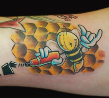 CUTE Graffiti Bee tattoo by EUKEE