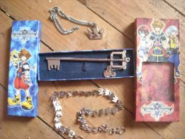 Kingdom hearts stuff by Cupcake-Lakai