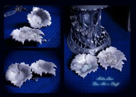 Silver white leaf jewellery holders by Gwillieth