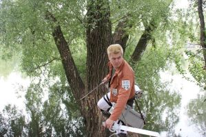 SnK Reiner Braun at tracon 8 Finland by Tappajapappi