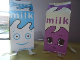 Coffee and tv Milk Papercraft by MiekoChan59