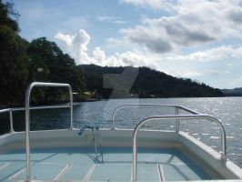ROPanama Research: Dive Boat by Namyr