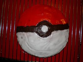 Pokeball Cake by lowlaury