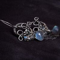 Labradorite in silver by OlgaC