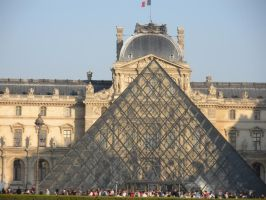 The Louvre by NintendoLover13