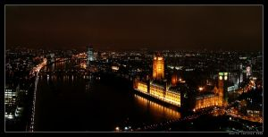 The Thames by night by KidCabide