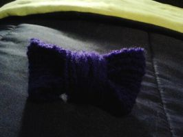 Bow Hairclip by ValentineRevenge