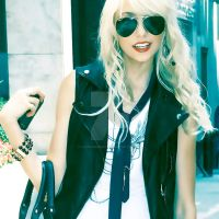 Taylor Momsen O17 by Iloveambernfire