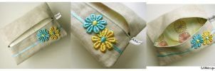 Flower Tissue Holder by MasonBee