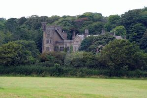 Stradey Castle by creativemee