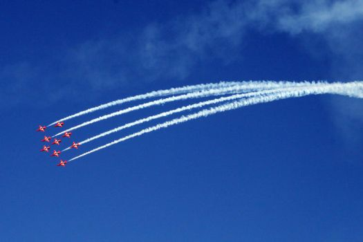 red arrows 2 by psyren-13