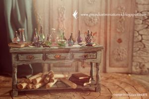 Potion Table in miniature by CaroMcFW