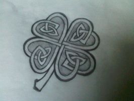 celtic clover by ToyBoxMizfit