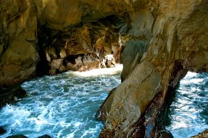 Water Cavern by JTHM5000